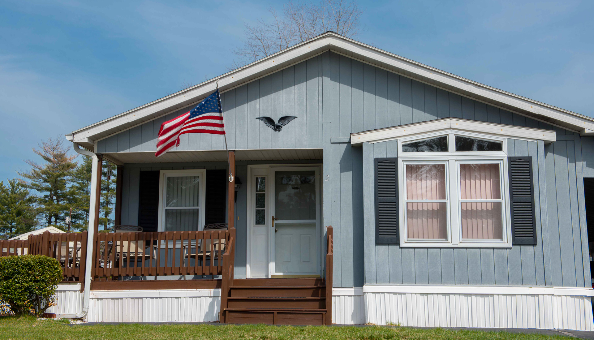 End view of a manufactured home